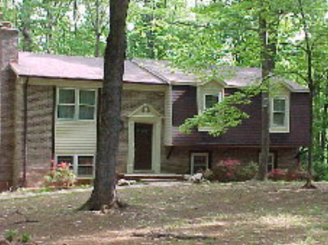 Rental Homes for Rent, ListingId:30362238, location: 1125 Lakepoint Drive Clarksville 23927