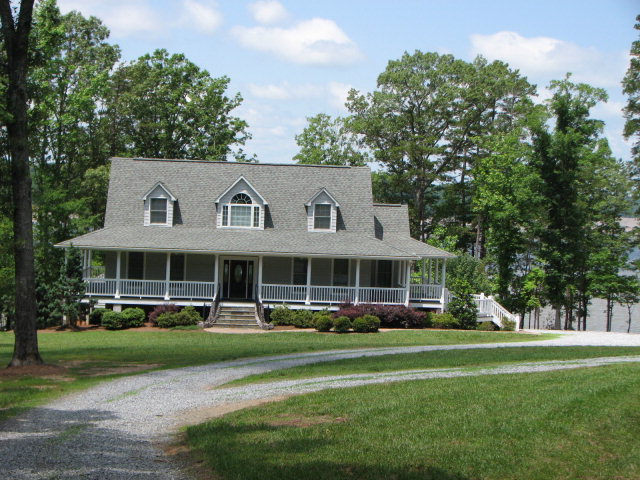 Rental Homes for Rent, ListingId:28075766, location: 490 WINSTONS RETREAT Clarksville 23927