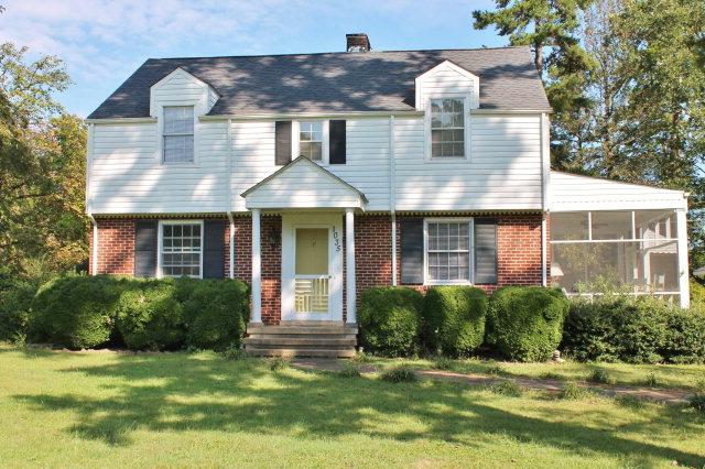 Featured Property in HALIFAX, VA, 24558