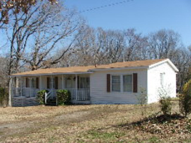 Rental Homes for Rent, ListingId:27684122, location: 829 ALLGOODS RETREAT #1 Clarksville 23927