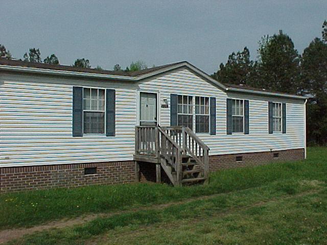 Rental Homes for Rent, ListingId:31547868, location: 12012 Highway 15 Clarksville 23927