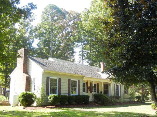 Featured Property in Clover, VA 24534