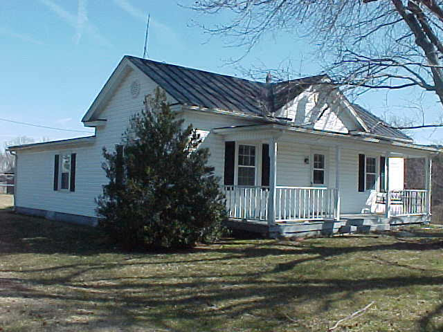 Rental Homes for Rent, ListingId:27739509, location: 1197 Carters Point Rd Buffalo Junction 24529