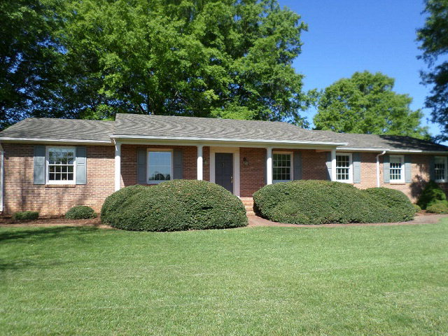 Rental Homes for Rent, ListingId:33086389, location: 2483 Hunters Lane Chase City 23924