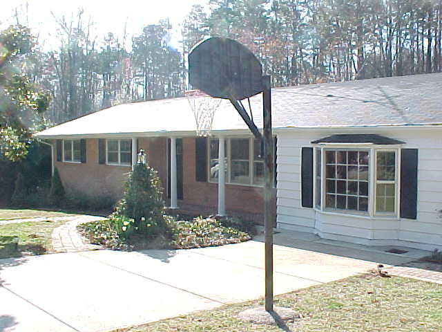 Rental Homes for Rent, ListingId:27684132, location: 90 Valley St Clarksville 23927