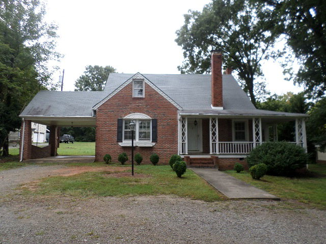 Rental Homes for Rent, ListingId:30432225, location: 1040 Virginia Ave Clarksville 23927