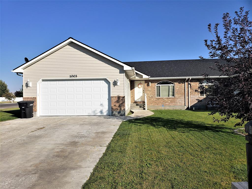1003 S MATCHPOINT DRIVE Ammon ID 83406 id-1197925 homes for sale